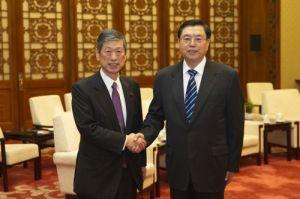 NPC Chairman Zhang Dejiang met LDP Vice President Masahiko Kōmura