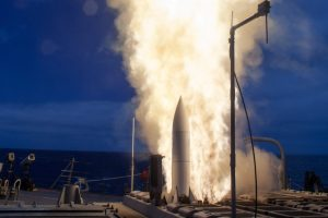 The Arleigh-Burke class guided-missile destroyer USS John Paul Jones (DDG 53) launches a Standard Missile 6 (SM-6) during a live-fire test of the ship's aegis weapons system. (Photo: U.S. Navy)